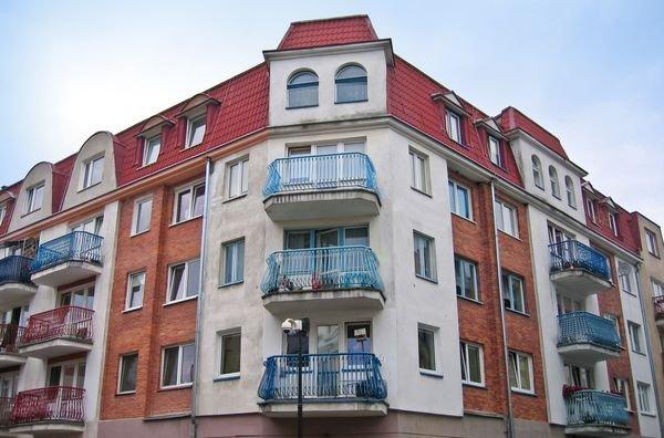 Kto odpowiada za balkon przylegający do mieszkania?
