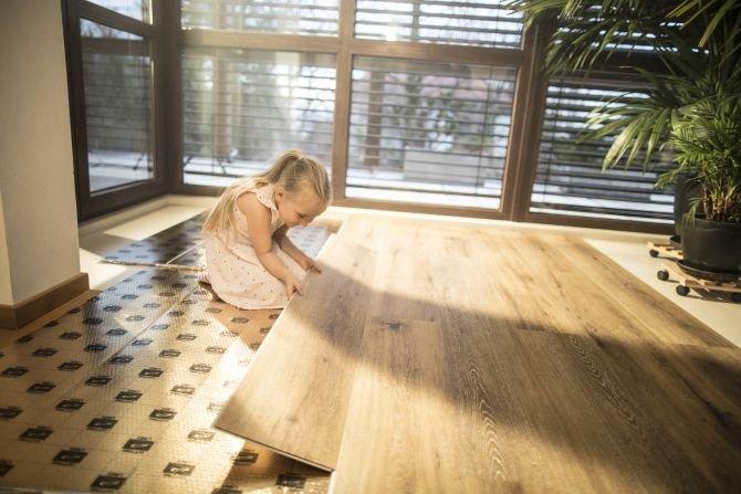 Jaki podkład podłogowy wybrać, gdy chcemy mieć cichą podłogę?