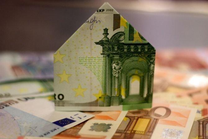 Na Polaka przypada 11500 zł mieszkaniowego długu