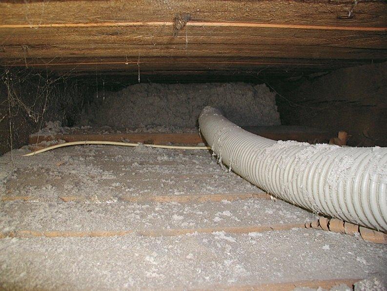 Termoizolacja dachów a bezpieczeństwo pożarowe osiedli mieszkaniowych