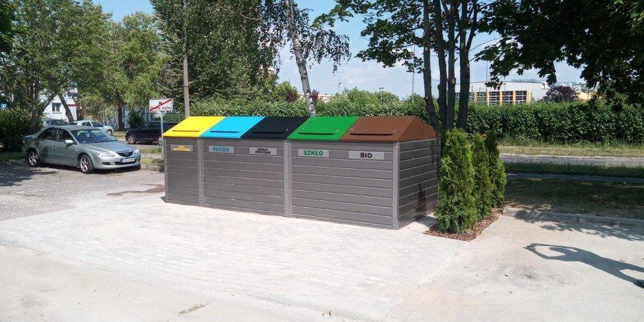Pojemniki na śmieci – jak je zasłonić?