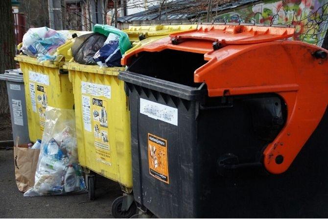 """""""Śmieciowych"""" problemów nie koniec"""