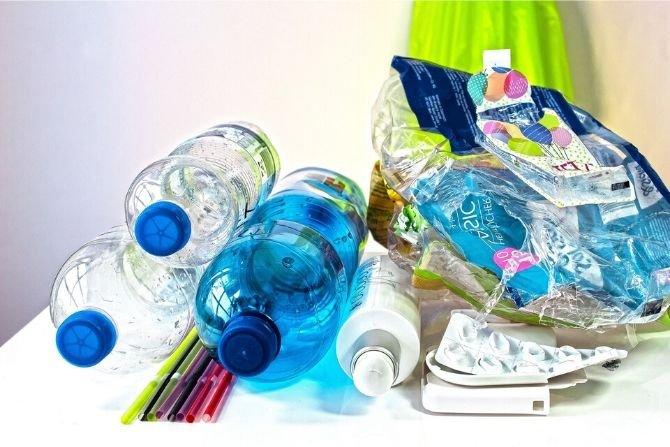 Warszawa: podwyżka opłat za śmieci odroczona