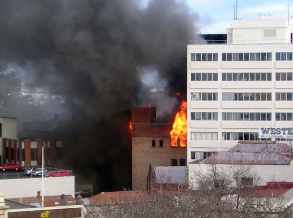 Zagrożenia pożarowe budynków wielorodzinnych