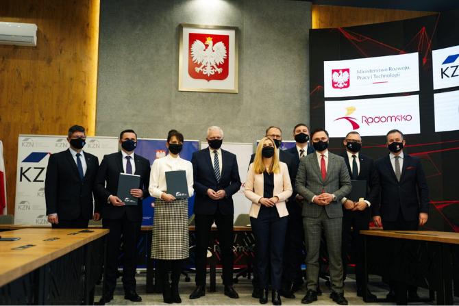 KZN podpisał porozumienie z sześcioma gminami z woj. łódzkiego ws. nowych mieszkań