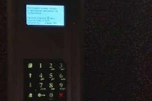Czy domofon cyfrowy jest lepszy od tradycyjnego?