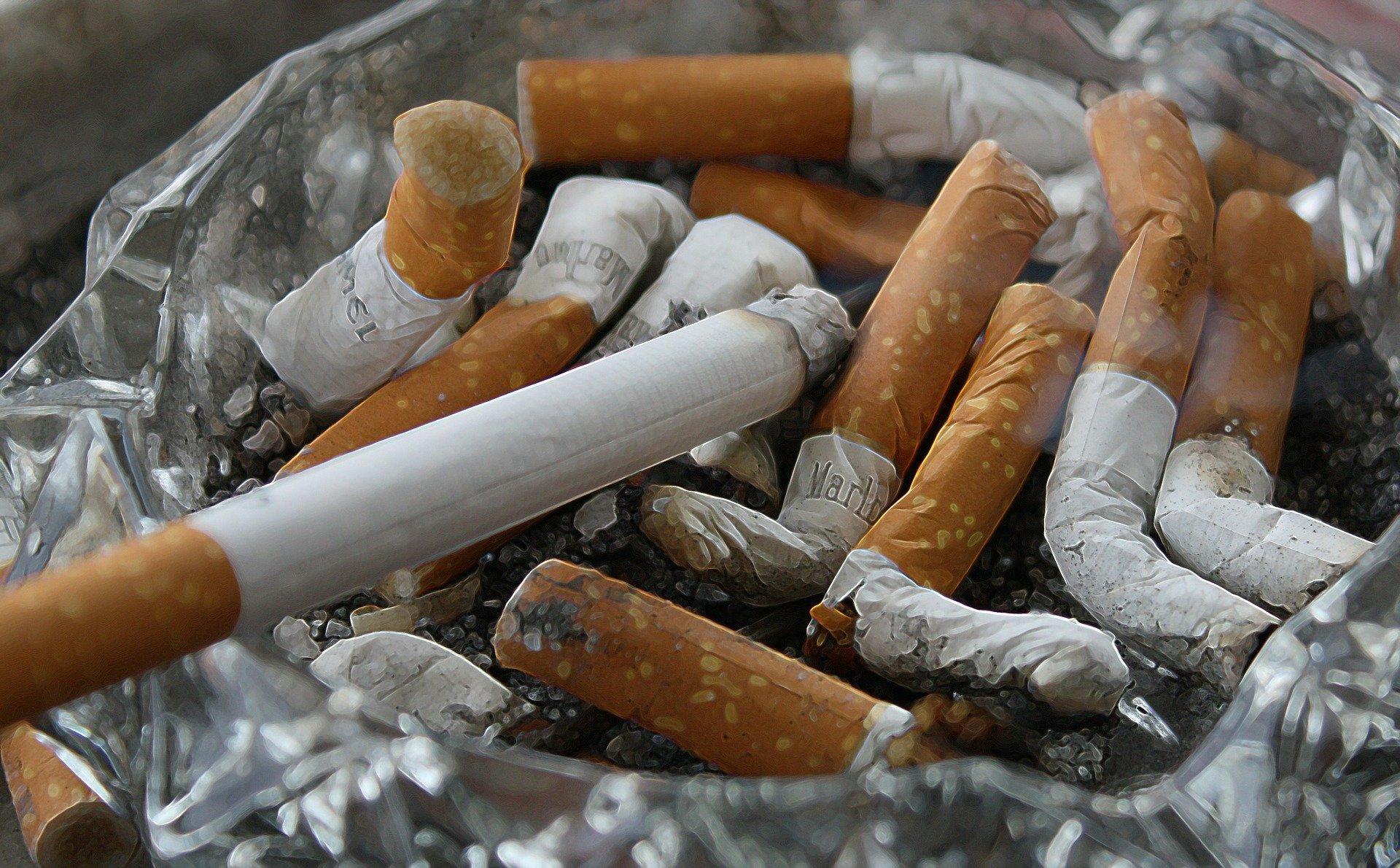 Kara za palenie papierosów na balkonie