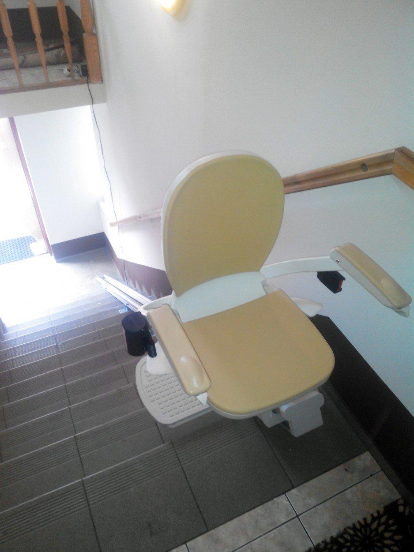 Krzesełko schodowe Arcon.