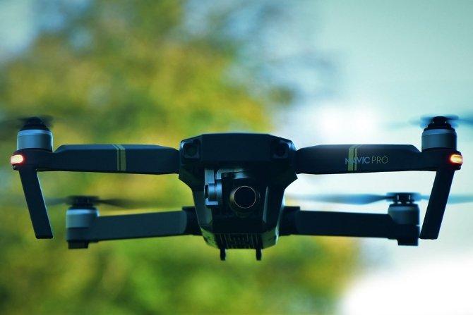 Wykorzystanie dronów do monitoringu