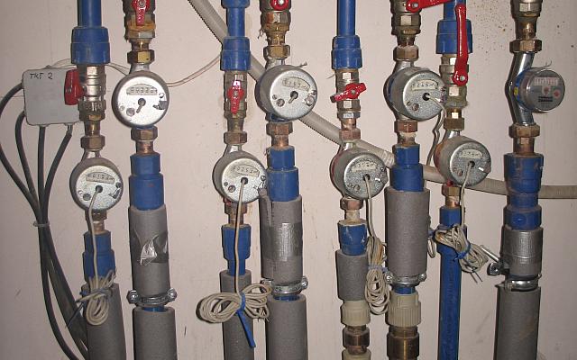 Instalacja wod-kan w budynku; sxc.hu