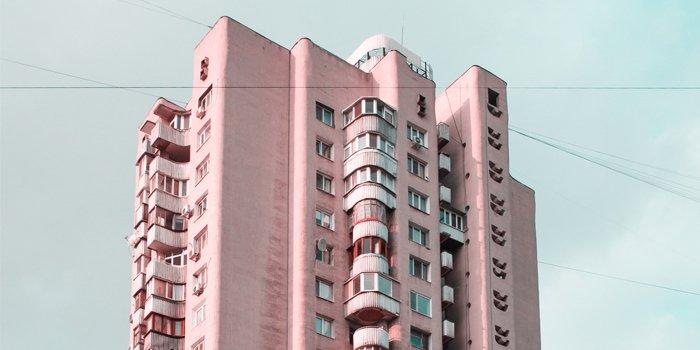 Blok z wielkiej płyty; fot. unsplash